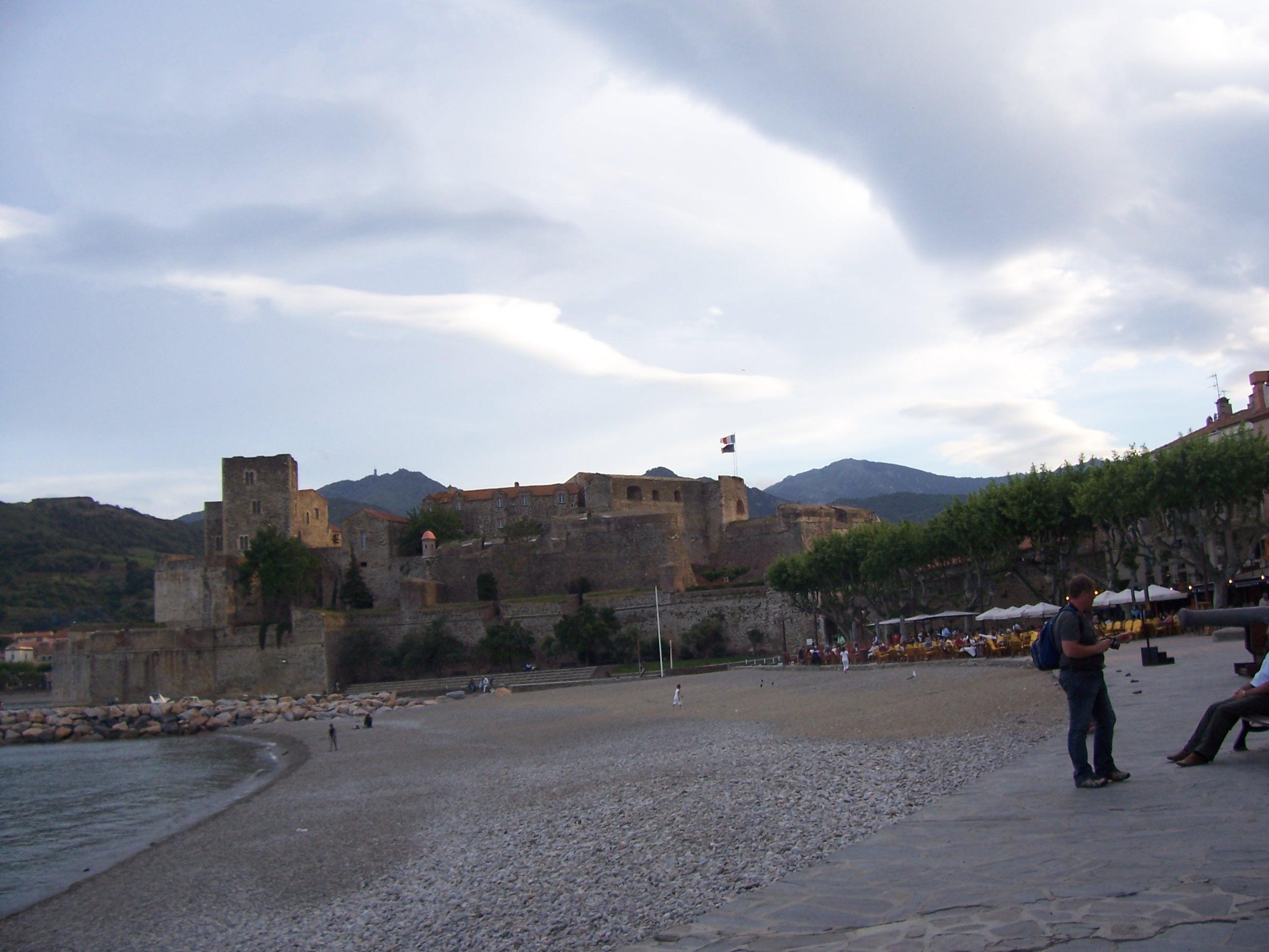 Город кальюр collioure находится на